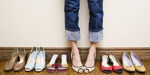 jak dobrać odpowiednie buty na haluksy?